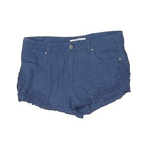 CLEARANCE $5 or 3/$10 Love Tree Shorts  Size M